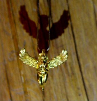 گردنبند زیبای angel