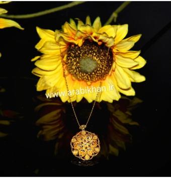 گردنبند گل آفتابگردون